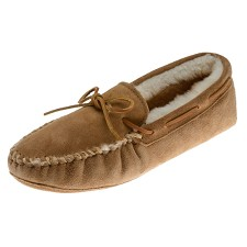 Minnetonka Moccasins 3811 - Men's Sheepskin Softsole Moccasin - Golden Tan