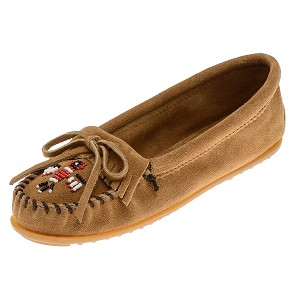 Minnetonka Moccasins 607T - Women's Thunderbird II Kilty Moccasin - Taupe Suede