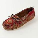 Minnetonka Moccasins 136 - Women's Baja Moccasin - Red