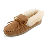 Minnetonka Moccasins 3371 - Women's Alpine Sheepskin Moccasin - Golden Tan