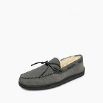 Minnetonka Moccasins 3749 - Men's Sheepskin Hardsole Moccasin - Grey