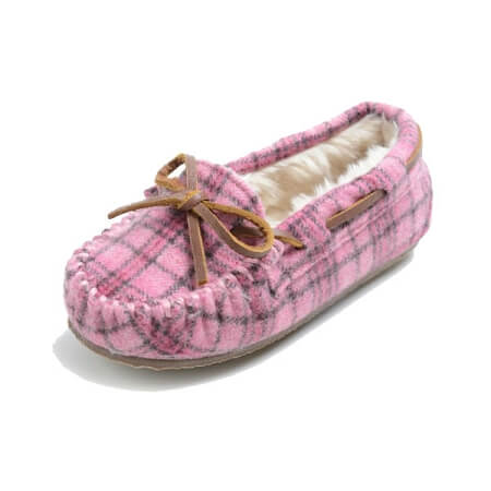 Minnetonka Moccasins 4905 - Children's Cassie Slipper - Pink Plaid