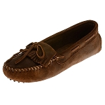 Minnetonka Moccasins 593 - Women's Kilty Driving Moccasin - Brown Rough Leather