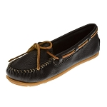 Minnetonka Moccasins 610R - Women's Boat Moccasin - Textured Leather - Black