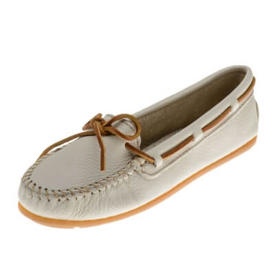 Minnetonka Moccasins 611S - Women's Boat Moccasin - Smooth Leather - Off White