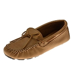 Minnetonka Moccasins 950 - Men's Moosehide Driving Moccasin - Natural