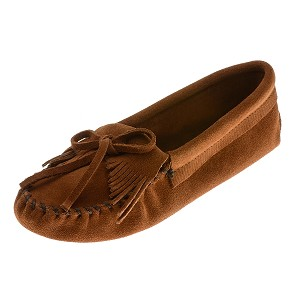 Minnetonka Moccasins 102 - Women's Kilty Softsole Moccasin - Brown Suede