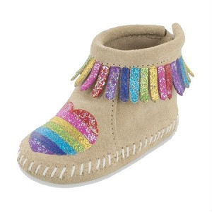 Minnetonka Moccasins 1188S - Free Range Mama - Love One Another - Infant's Riley Bootie - Stone Suede