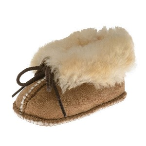 Minnetonka Moccasins 1462 - Infants Sheepskin Bootie - Golden Tan