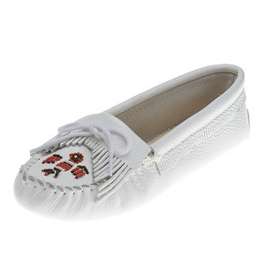 Minnetonka Moccasins 154 - Women's Softsole Thunderbird Moccasin - Smooth White Leather