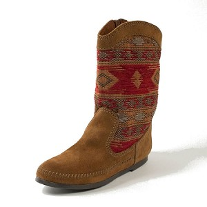 Minnetonka Moccasins 1573 - Women's Baja Boot - Dusty Brown Suede with Red Patterned Shaft