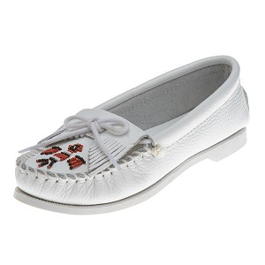 Minnetonka Moccasins 174 - Women's Thunderbird Boat Sole Moccasin - White Smooth Leather