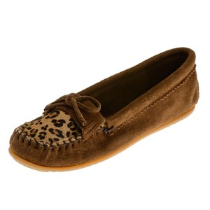 Minnetonka Moccasins 343F - Women's Leopard Print Kilty Moccasin - Dusty Brown Suede