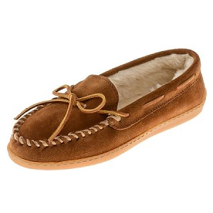 Minnetonka Moccasins 3502 - Women's Pile Lined Hardsole Moccasin - Brown Suede