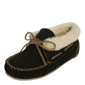 Minnetonka Moccasins 40030 - Women's Chrissy Bootie - Pile Lined Slipper - Black Suede