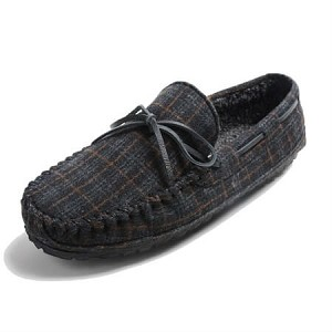 Minnetonka Moccasins 4515 - Men's Casey Slipper - Pile Lined - Charcoal Plaid