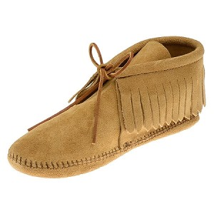 Minnetonka Moccasins 481 - Women's Fringed Softsole Boot - Tan Suede