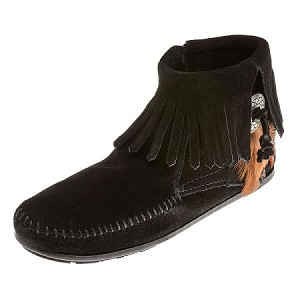 Minnetonka Moccasins 520 - Women's Concho/Feather Ankle Boot - Side Zip - Black Suede
