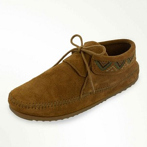 Minnetonka Moccasins 552 - Women's Mosaic Boot - Brown Suede