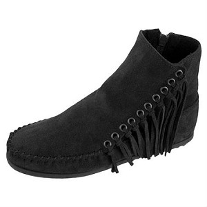 Minnetonka Moccasins 669 - Women's Willow Boot - Black Suede