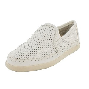 Minnetonka Moccasins 674P - Women's Pacific Sneaker Moccasin - White