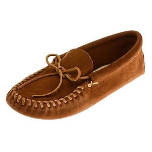 Minnetonka Moccasins 703 - Men's Laced Softsole Moccasin - Brown Suede Leather