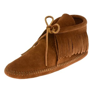 Minnetonka Moccasins 882 - Men's Classic Fringed Softsole Ankle Boot - Brown Suede