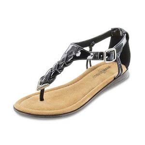 Minnetonka Moccasins 78000 - Girl's Black Patent Leather Carnival Sandal
